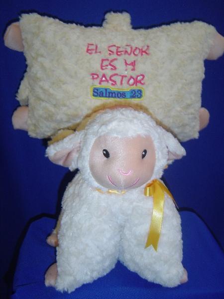051 -  almohada oveja dia del niño y de la mama